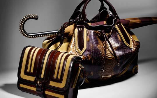1343134219_a_collection_of_accessories_burberry_prorsum_autumn_winter_2012_2013_01
